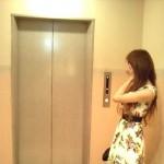 熊本の清楚な人妻を強引にラブホへ連れ込む